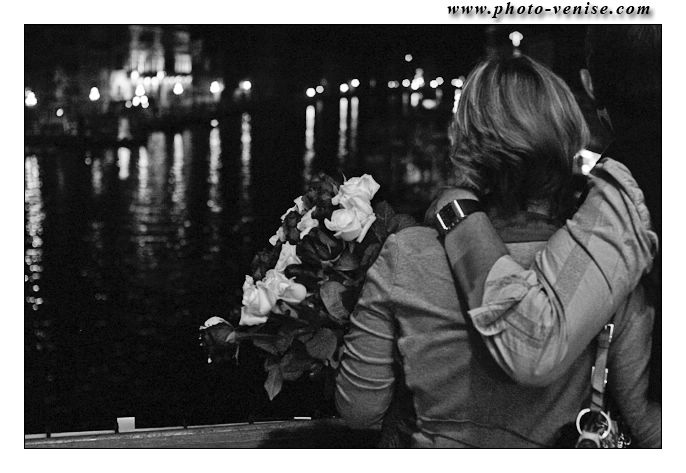 amoureux-pont-rialto-01