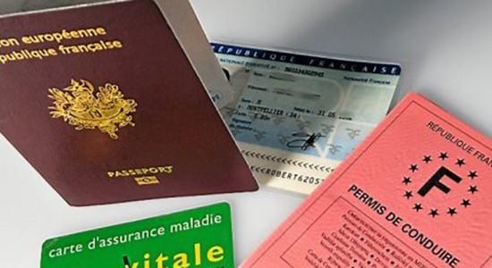 Se préparer à un éventuel vol de papiers lors d'un voyage à l'étranger