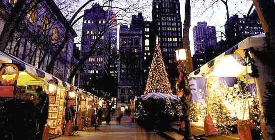 christmas-shopping-in-new-york-union-square