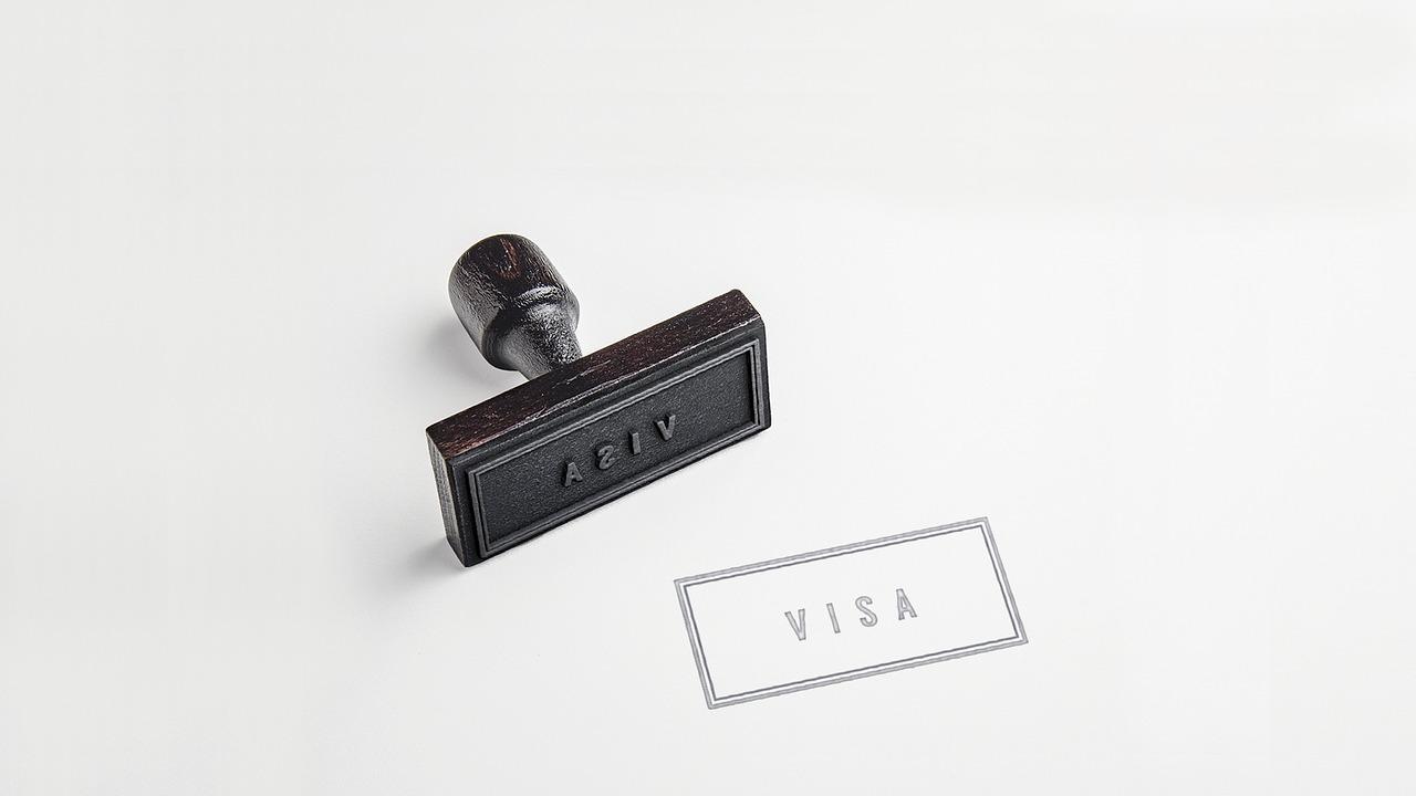 Quel est le visa demandé pour faire un stage aux États-Unis ?